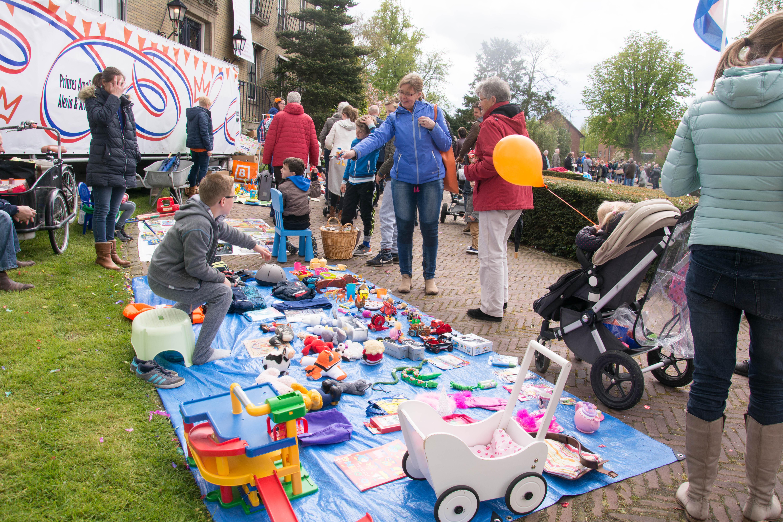 Braderie kinderspelen rommelmarkt-9